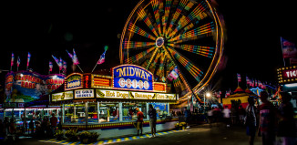 Image of ferris wheel at Minnesota State Fair.