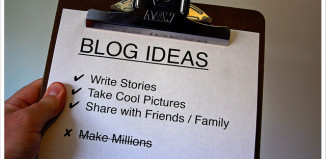 Image of clipboard of ideas for writing a blog post.
