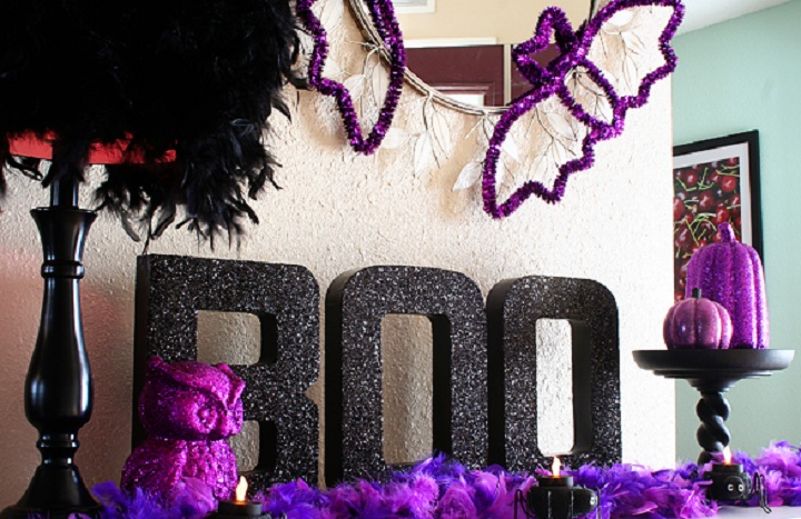 image of using purple for Halloween party decoration.